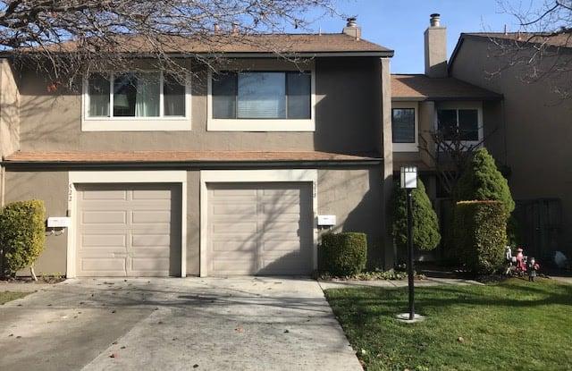 518 Magnolia Place - 518 Magnolia Place, Novato, CA 94945