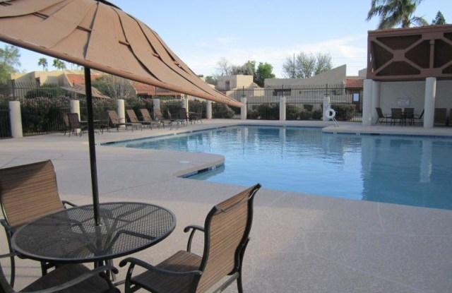 13824 N 42nd Dr - 13824 North 42nd Drive, Phoenix, AZ 85053