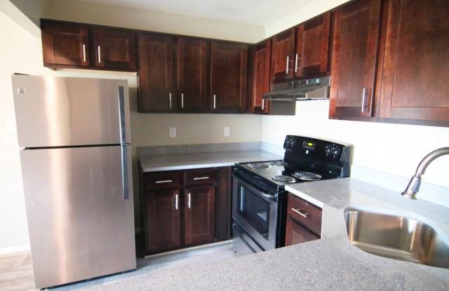 Aria Apartment Homes - 3416 Hollygreen Drive, Virginia Beach, VA 23452