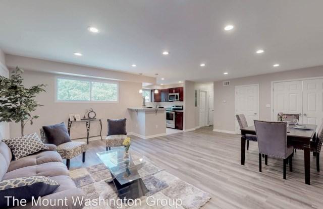 Wentworth Woods - 1401 Wentworth Avenue, Parkville, MD 21234