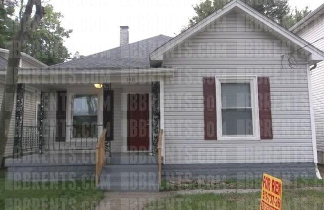 """""""1811 Sherman Avenue, - 1811 Sherman Avenue, Middletown, OH 45044"""""""
