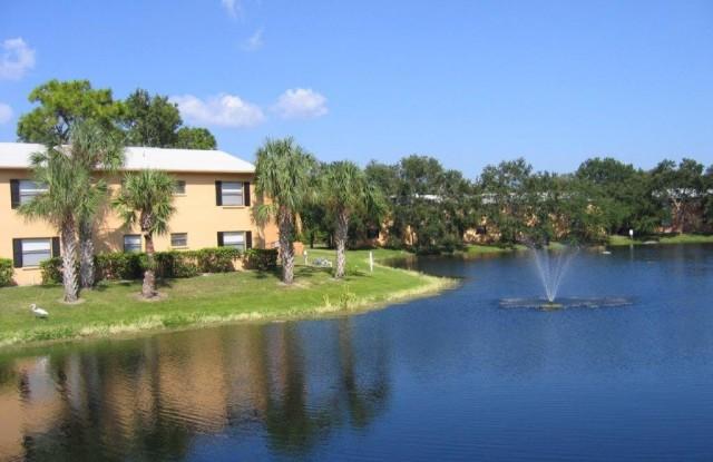 Melrose On The Bay - 16321 Bolesta Rd, Clearwater, FL 33760