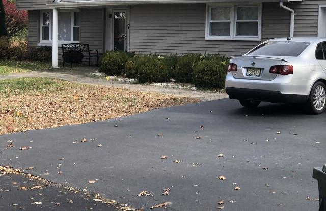 7 Barbara Lane - 7 Barbara Lane, Oakhurst, NJ 07755