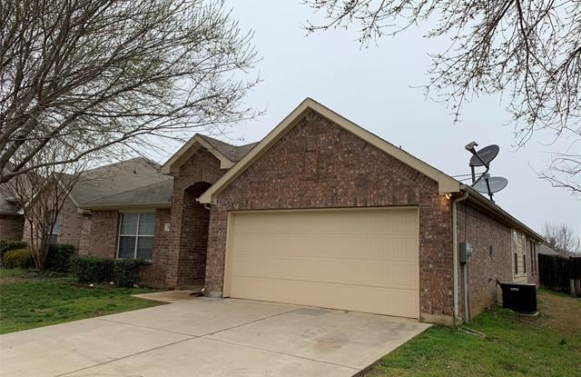 """509 Anchor Way - 509 Anchor Way, Crowley, TX 76036"""