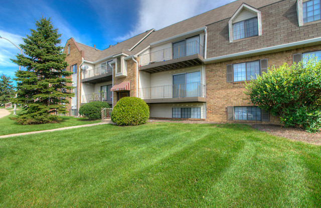 Timber Point Apartments - 6201 Newberry Rd, Indianapolis, IN 46256