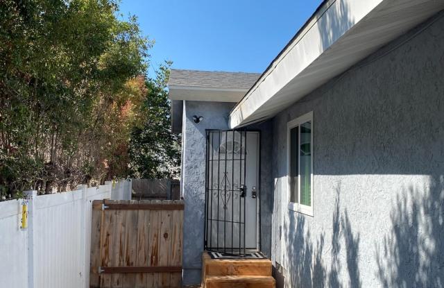 5320 Redding Road - 5320 Redding Rd, San Diego, CA 92115