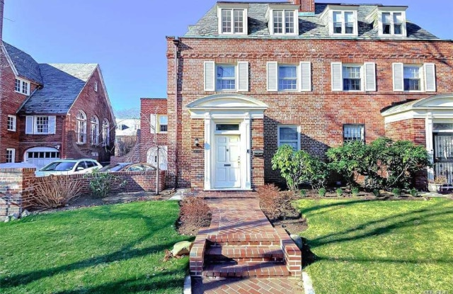 """""""34-24 87th Street - 34-24 87th Street, Queens, NY 11372"""""""