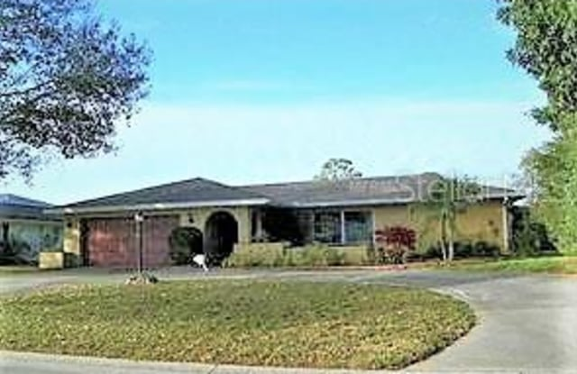 5409 PALM AIRE DRIVE - 5409 Palm Aire Drive, Manatee County, FL 34243