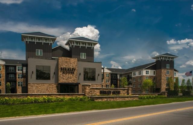 Berkley House - 5300 Riverside Dr, Upper Arlington, OH 43220