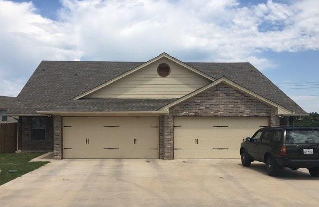 901 Dart Ct - 901 Dart Ct, Hood County, TX 76049