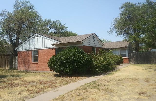 2718 Duncan Drive - B - 2718 Duncan Drive, Amarillo, TX 79109