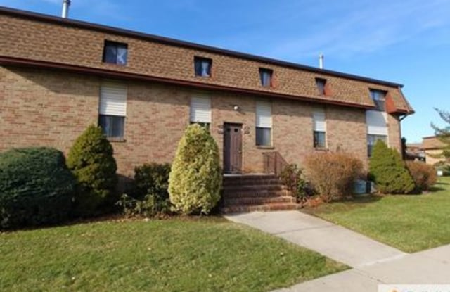 1203 N Oaks Blvd - 1203 North Oaks Boulevard, North Brunswick, NJ 08902