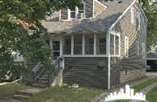 242 W. Chesterfield - 242 East Chesterfield Street, Ferndale, MI 48220