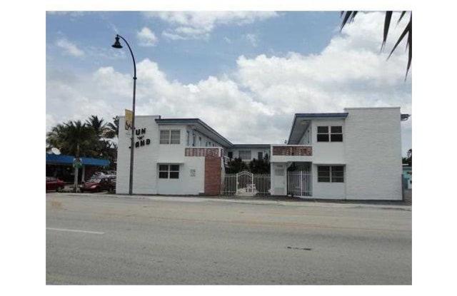 1315 N OCEAN DR - 1315 North Ocean Drive, Hollywood, FL 33019
