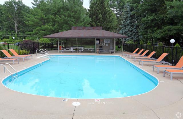 Partridge Run Apartments - 4499 Fishcreek Drive, Stow, OH 44224
