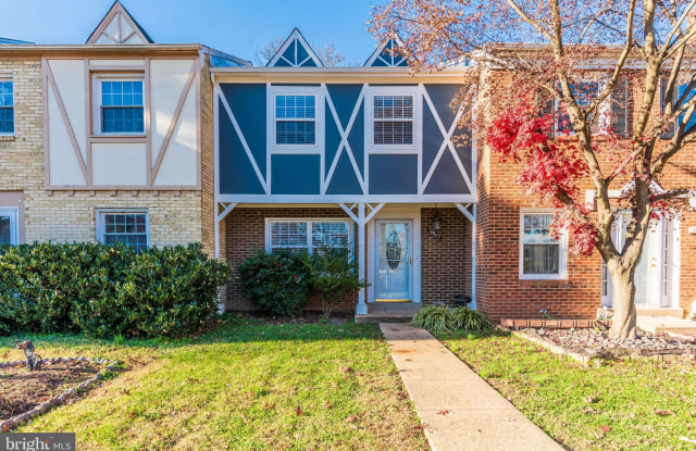 """14802 LONDON TOWNE SQUARE - 14802 London Towne Square, Centreville, VA 20120"""