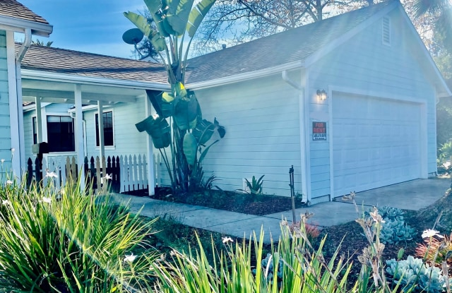 1226 Carpinteria St. - 1226 Carpinteria Street, Santa Barbara, CA 93103