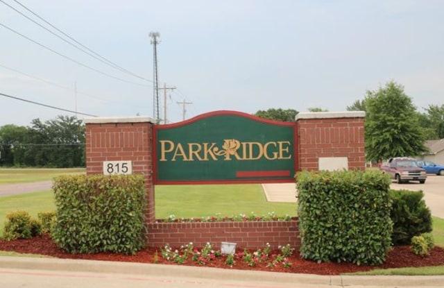 Parkridge Apartment - 815 Gerlach Dr, Durant, OK 74701