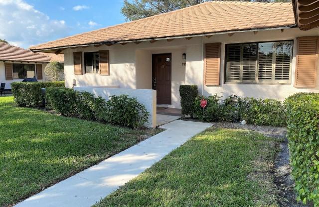 112 Club Drive - 112 Club Drive, Palm Beach Gardens, FL 33418