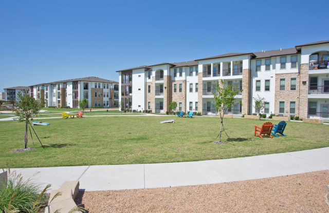 The Grand at Stone Creek - 490 Barnes Drive, San Marcos, TX 78666