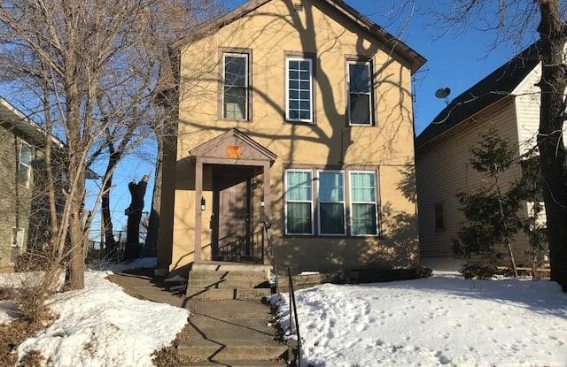929 6th St E Unit 2 - 929 6th Street East, St. Paul, MN 55106