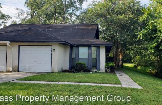 5014 Knightsbridge Cir. N - 5014 Knightsbridge Circle East, Jacksonville, FL 32244