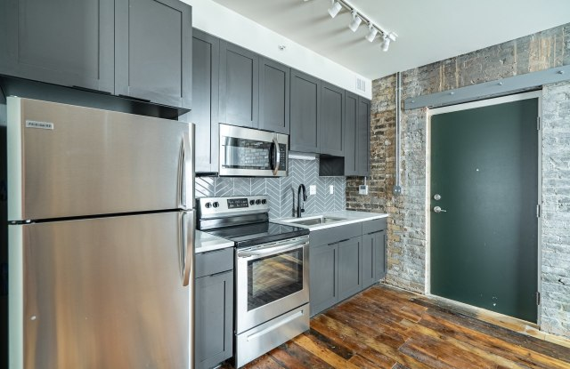 Commission House Apartments - 282 6th Street E, St. Paul, MN 55101