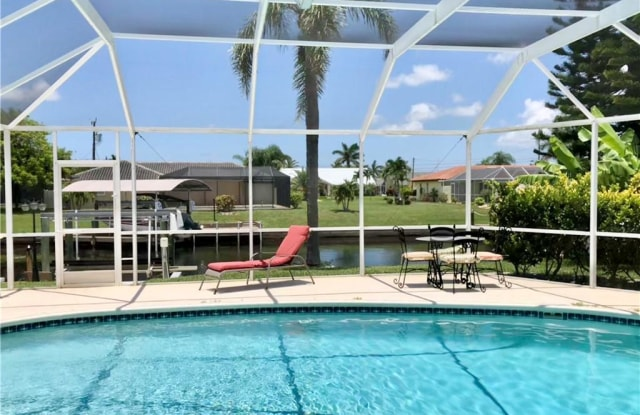 5036 SW 9th PL - 5036 Southwest 9th Place, Cape Coral, FL 33914