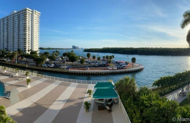 400 Kings Point Dr - 400 Kings Point Drive, Sunny Isles Beach, FL 33160