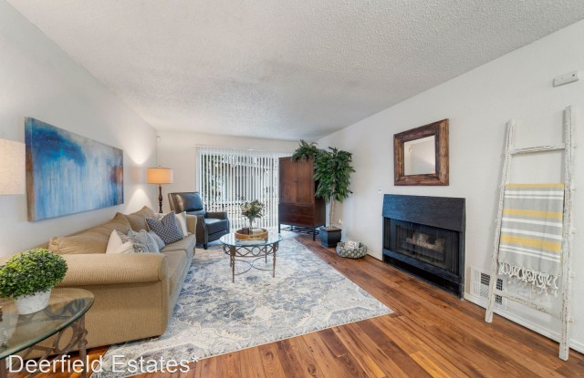 Deerfield Estates - 8812 S Delaware Ave, Tulsa, OK 74137