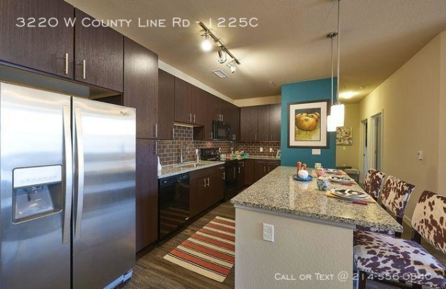 3220 W County Line Rd - 3220 West County Line Road, Littleton, CO 80129