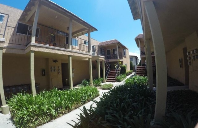 16872 Lynn Lane Apt F - 16872 Lynn Street, Huntington Beach, CA 92649