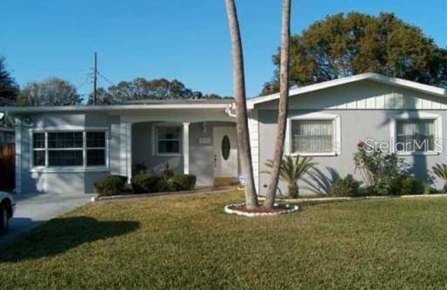 4711 W BEAUMONT STREET - 4711 West Beaumont Street, Tampa, FL 33611