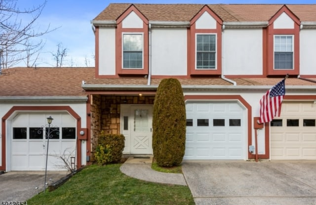 11 LISA CT - 11 Lisa Court, Middlesex County, NJ 07747