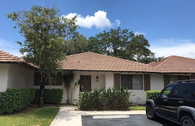 202 Club Drive - 202 Club Drive, Palm Beach Gardens, FL 33418