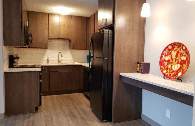 Ballantrae Apartments - 3800 Ballantrae Road, Eagan, MN 55122