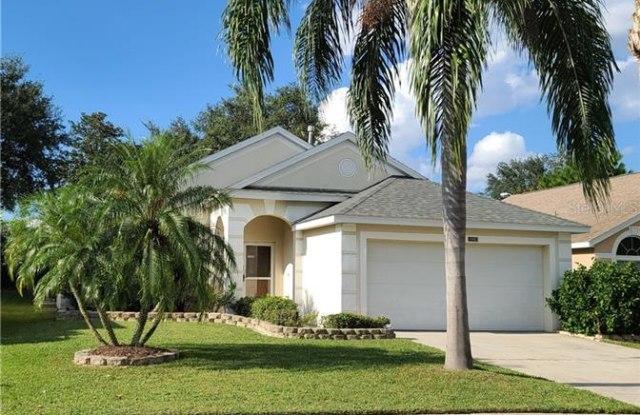15952 AUTUMN GLEN AVENUE - 15952 Autumn Glen Avenue, Four Corners, FL 34714
