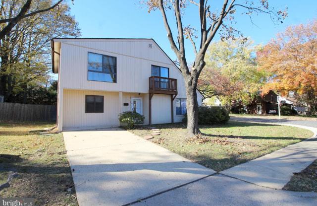 1124 N ROCKINGHAM STREET - 1124 North Rockingham Street, Arlington, VA 22205
