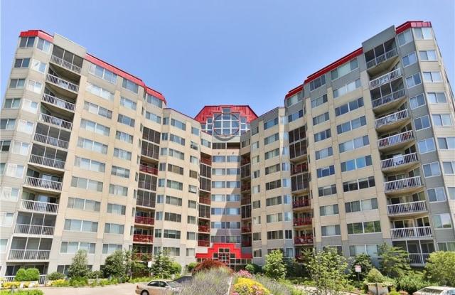 10 Stewart Place - 10 Stewart Place, White Plains, NY 10603