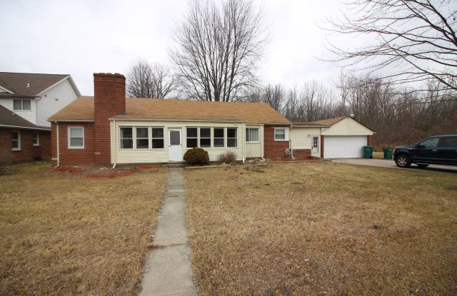 35852 Beverly Rd - 35852 Beverly Road, Romulus, MI 48174