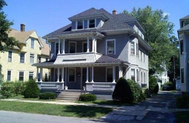 135 Firglade Avenue - 135 Firglade Avenue, Springfield, MA 01108