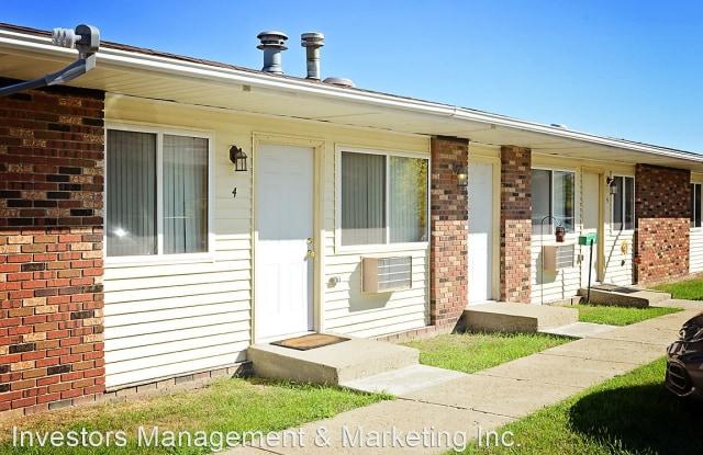 Ramblin Villas - 527 22nd Avenue Northwest, Minot, ND 58703