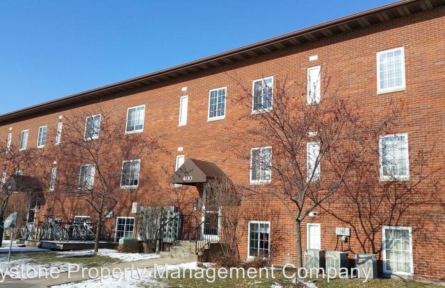 415 Grandview Court - 415 Grandview Ct, University Heights, IA 52246