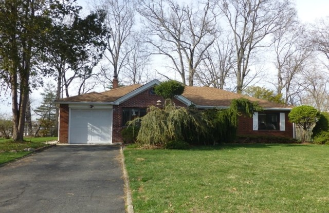 34 TOWER RD - 34 Tower Road, Essex County, NJ 07039