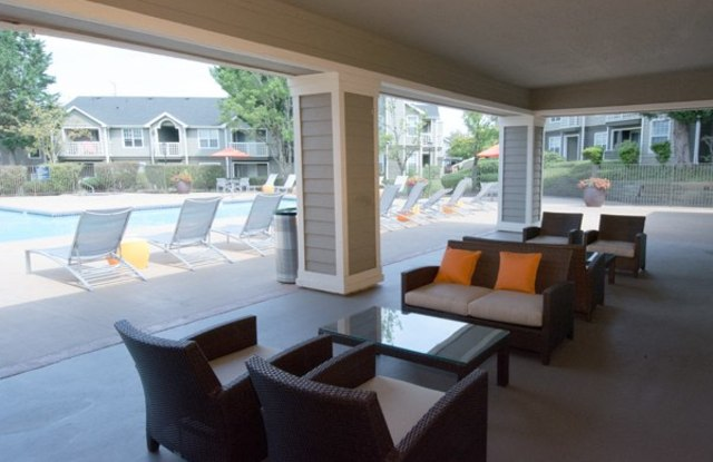 Emerald Place - 1815 NW 173rd Ave, Beaverton, OR 97006