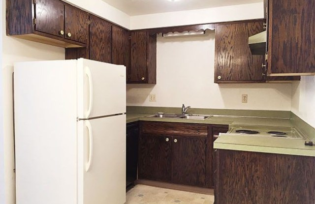 Cedarwood MSU Apartments - 1400 8th Street Northwest, Minot, ND 58703
