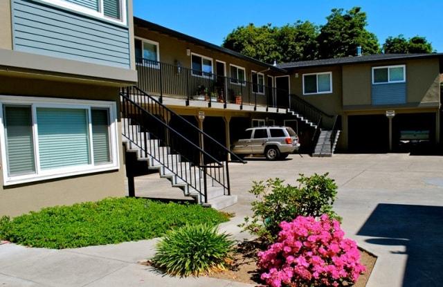 700 Coleman Avenue - 700 Coleman Ave, Menlo Park, CA 94025