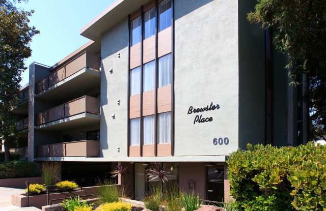 Brewster Place - 600 Brewster Avenue, Redwood City, CA 94063