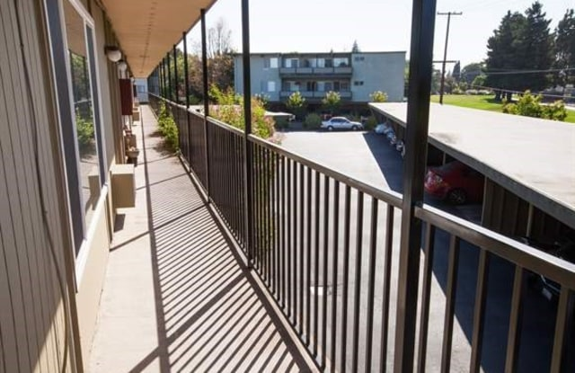 Park Taylor Apartments - 630 Taylor Court, Mountain View, CA 94043