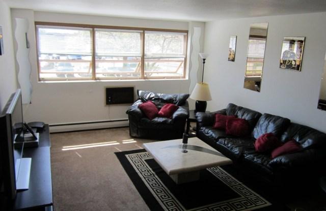 Greenbrier Terrace - 6445 Queen Ave S, Richfield, MN 55423